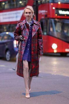 Olga Karput wears a red gingham plastic rain coat white heels and a blue denim dress outside the Burberry show during London Fashion Week September. London Fashion Weeks, Raincoats For Women, Jackets For Women, Clothes For Women, Black Jackets, Burberry, Street Look, Rain Slicker Womens, Coat Outfit