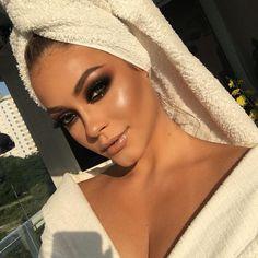 Read more about makeup trends Baddie Makeup, Sexy Makeup, Cute Makeup, Gorgeous Makeup, Pretty Makeup, Flawless Makeup, Makeup Geek, Makeup Looks For Brown Eyes, Makeup Eye Looks