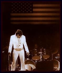 Opening Night - Elvis Presley at Madison Square Garden MSG 1972 Priscilla Presley, Lisa Marie Presley, Madison Square Garden, Tennessee, Elvis In Concert, Elvis Presley Photos, Thing 1, Thats The Way, Graceland