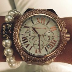 GET- Michael Kors Watch & cute bracelets to accessorize with. SO IN LOVE WITH THIS WATCH. OMG XO