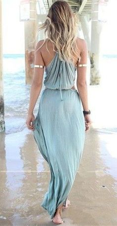 This is a pretty dress to wear <3 :)  maybe I'll where something like this this year's spring or summer time