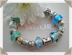 Pandora ~ Blue/Teal Vos Pandora Vos créations Your creation Des bracelets Pandora composés, des idées, des couleurs, des suggestions de design, pour tous les goûts et toutes les humeurs. #pandora #bracelets #set #parures #bijoux Bijoux à retrouver sur www.bijoux-et-charms.fr