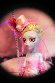 BURLESQUE BETTY Monster High Repaint OOAK Art Doll Victorian Gothic Emo Fashion | eBay