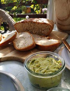 PASTU domov: Recept na základní chléb Guacamole, Pesto, Mexican, Ethnic Recipes, Baked Potato, Mashed Potatoes, Baking, Whipped Potatoes, Smash Potatoes