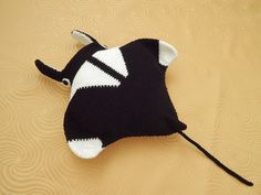 """*** This is a crochet pattern, not the finished product. *** Finished size: Manta Ray is about 60cm / 23.6"""" long (from the top of cephalic fins"""