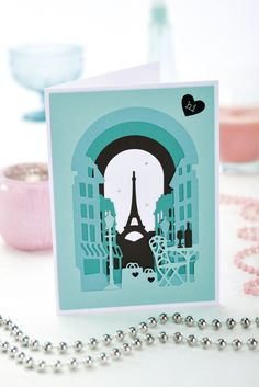 Build a city scene with Xcut Build-a-scene Parisian die  // From Papercrafter issue 91