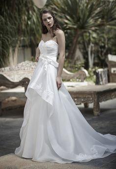Mysecret Sposa Collezione Zaffiro Cod. 17117  #mysecretsposa #sposa #collezionesposa #abitidasposa #wedding #weddingdress #bride #abitobianco