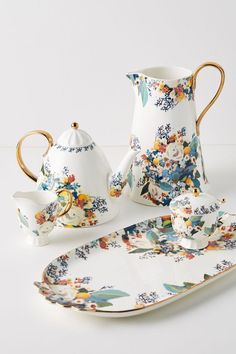 Sugar Bowl, Serveware, Tableware, Kitchenware, Tea Sets Vintage, Vintage Teacups, Teapots And Cups, Chocolate Pots, Royal Albert