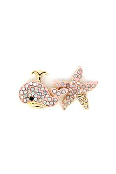 Beachy Peachy Star Earrings on Emma Stine Limited .. I really want!!