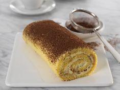 Tiramisurullekake - Bremykt Pudding, Sweets, Baking, Ethnic Recipes, Food, Mascarpone, Gummi Candy, Custard Pudding, Candy