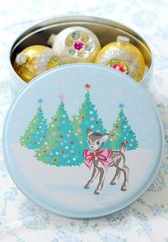 Little retro style deer Christmas tin.
