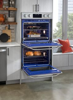 Update your kitchen with appliances that are chef worthy. The art of cooking deserves the reliable kitchen appliances that won't let you down before a dinner party. Find today's top performing appliance brands, like Whirlpool and Samsung to GE, Kitchenaid Small Space Interior Design, Home, Kitchen Remodel, Kitchen Decor, Interior Design Kitchen, Wall Oven, Kitchen Appliances, Lg Kitchen Appliances, Kitchen Design