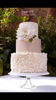 #Blush #Wedding … ♡Wedding App♡ … all about planning a wedding … https://itunes.apple.com/us/app/the-gold-wedding-planner/id498112599?ls=1=8