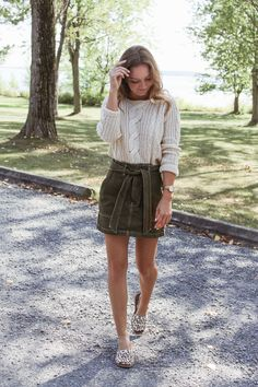 a foolproof fall outfit – The Couture Complex Fall Outfits, Knitwear, Hipster, Pairs, Couture, Blog, Shopping, Fashion, Moda