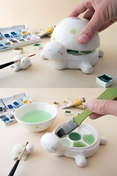 Ceramic Palettes Shaped Like Animals are the Cutest Way to Conceal Wet Paint Turtle-shaped ceramic palette<br> Tramai Ceramics creates animal-shaped palettes whose faces act as a cover for your wet paint. Diy Clay, Clay Crafts, Arts And Crafts, Ceramic Art, Ceramic Pottery, Pottery Art, Porcelain Ceramic, Ceramic Animals, Slab Pottery