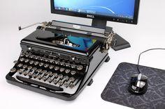 Comprarías uno???  USB Typewriter Computer Keyboard  gorgeous royal by usbtypewriter, $799.00