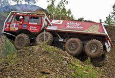 Resultado de imagem para Tatra 6x6 off road race trucks