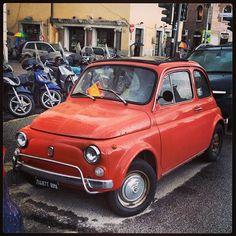 Orange Cinquecento in Rome. Photo by a0137.
