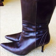 🎉🎉Cole Haan Host pick!  brown ankle boots.. Soft leather. Great heel. Perfect for day and night. Goes right above the ankle Cole Haan Shoes