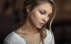 Alice by Maxim  Guselnikov on 500px
