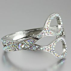 Cute ring for your hair stylist or a seamstress!