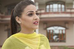 at Shooting Scene Punjabi Actress, Bollywood Actress, Punjabi Models, Punjabi Girls, Girl Trends, Chubby Cheeks, Indian Couture, Classic Collection, Indian Beauty