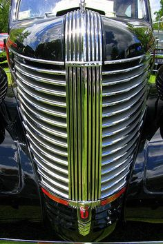 1938 Pontiac Silver Streak Grille