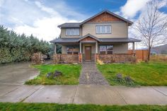 JUST LISTED: 406 Southeast Pioneer Drive, Prineville OR 97754 | Craftsman style home in Crystal Springs | fredrealestate.com