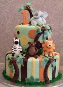 Ideas for the 1st birthday cake The animal cake
