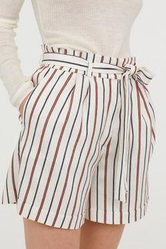 Haut femme Lacoste beige short Taille UK 8