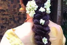 Open Hairstyles, Plaits Hairstyles, New Bridal Hairstyle, Hair Threading, Floral Hair, Indian Dresses, Hair Cuts, Beauty, Fashion