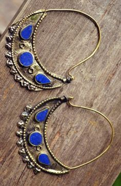 Afghan Half Moon Earrings I absolutely love these!! So simply yet delicately pretty.