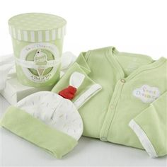 Pint of Pajamas Gift Set - http://www.gotobaby.com/ – Buy sweet dreamzzz a pint of pajamas sleep time gift set 100% available in different colors for your baby.