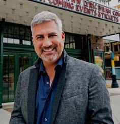 Taylor Hicks talks about 'American Idol' finale, new 'State Plate' series, 2 shows at Lyric Theatre. http://www.al.com/entertainment/index.ssf/2016/04/taylor_hicks_american_idol_sta.html