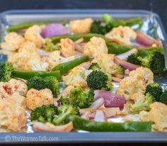 Smoky Paprika Roasted Cauliflower with Garlic Hors D'oeuvres, Latest Recipe, Roasted Cauliflower, Smoked Paprika, Light Recipes, Pasta Salad, Broccoli, Side Dishes, Garlic
