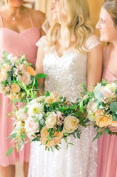 In August I worked on the most beautiful summer wedding flowers at Llangoed Hall! Shed Wedding, Astilbe, Wedding Flowers, Wedding Dresses, Spray Roses, Seasonal Flowers, Summer Wedding, Floral Design, Flower Girl Dresses