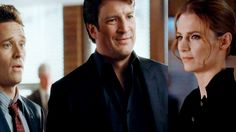 Castle 4x06 Moment: Ohh that's a look,  I get these a lot… just start walking... faster!  (Demons)
