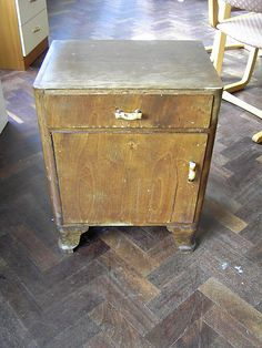 My bedside table (door mirrored). Bedside Cabinet, Mirror Door, Hope Chest, 1940s, Storage Chest, Restoration, Shabby Chic, West Side, Table