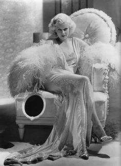 Hollywood Vintage, Old Hollywood Glamour, Golden Age Of Hollywood, Classic Hollywood, Hollywood Glamour Photography, Hollywood Makeup, Hollywood Hair, Hollywood Homes, Hollywood Wedding