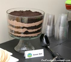 One Creative Housewife: Teenage Mutant Ninja Turtle Party {Part 2 The Food} -- sewer cake instead??