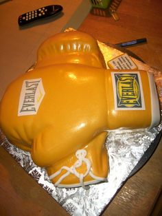 Eat Dessert First: Kid's Birthday Cakes Cake Pics, Cake Pictures, Fancy Cakes, Cute Cakes, Boxing Gloves Cake, Birthday Cakes, Birthday Ideas, Designer Cakes, Specialty Cakes