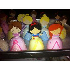 Princess Cake Pops... Zoe, Snow White and Ariel ;)