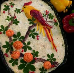 Discover thousands of images about Maionese Vegetable Crafts, Fruit And Vegetable Carving, Veggie Tray, Bread Art, Food Carving, Food Garnishes, Garnishing, Fruit Salad Recipes, Iranian Food