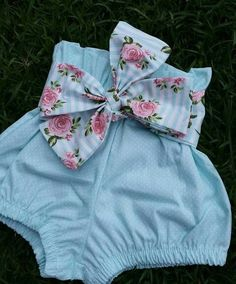 What Your Kids Feel About Divorce Baby Bloomers, Baby Girl Romper, Cute Baby Girl, Handmade Baby Clothes, Cute Baby Clothes, Baby Girl Fashion, Kids Fashion, Kids Outfits, Cute Outfits