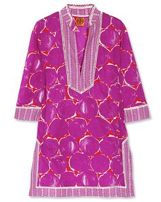 Violet, red and off-white printed semi-sheer cotton-voile Split neck and sides, open-knit panels, kangaroo pouch Slips on cotton Dry clean Tory Burch, Fasion, Fashion Outfits, Cool Style, My Style, Cotton Tunics, Get The Look, Printed Cotton, What To Wear