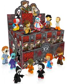 Buy Horror Collection Mystery Minifigure at Mighty Ape Australia. The Horror genre gets a stylized makeover! This Horror Collection Mystery Minis Vinyl Mini-Figure series features some of the most iconic characters f. Funko Vinyl, Vinyl Toys, Horror Movie Characters, Horror Movies, Iconic Characters, Geeks, Fairy Tail, Vinyl Figures, Action Figures
