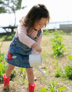 5 Reasons to Have a Kid's Garden