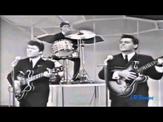The Searchers -  Needles and Pins - HQ Audio )))