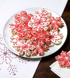 love these snowflake cookies :)
