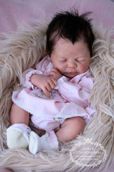 Reborn Babies - Custom Reborn Baby - Lailani by Elisa Marx 18 Inches Full Limbs lbs. Reborn Baby Girl, Reborn Babypuppen, Reborn Doll Kits, Newborn Baby Dolls, Baby Girl Dolls, Baby Dolls For Sale, Life Like Baby Dolls, Life Like Babies, Cute Babies